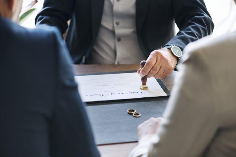 Pensione di reversibilità spetta in caso di divorzio?