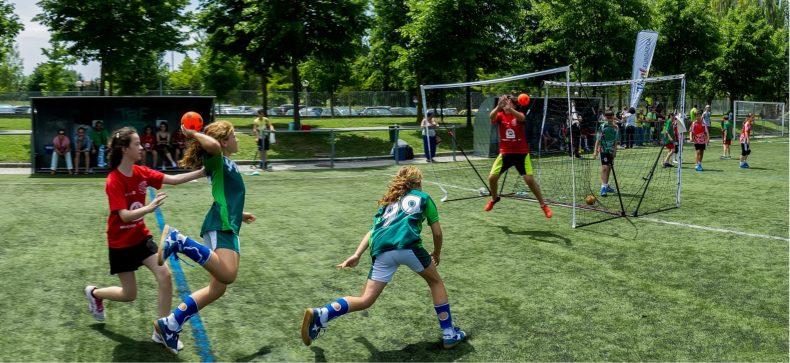 L'infortunio sportivo a scuola comporta un'automatica responsabilità dell'istituto scolastico?