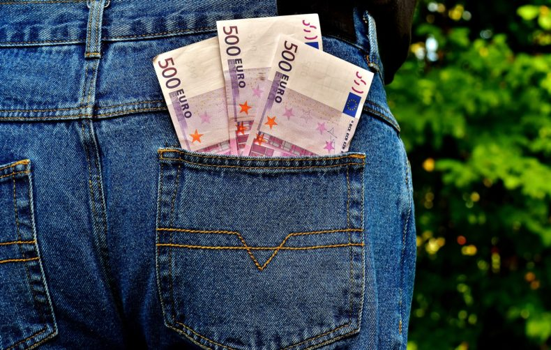 Cassazione: annullamento delle cartelle di pagamento inferiori a 1.000 euro