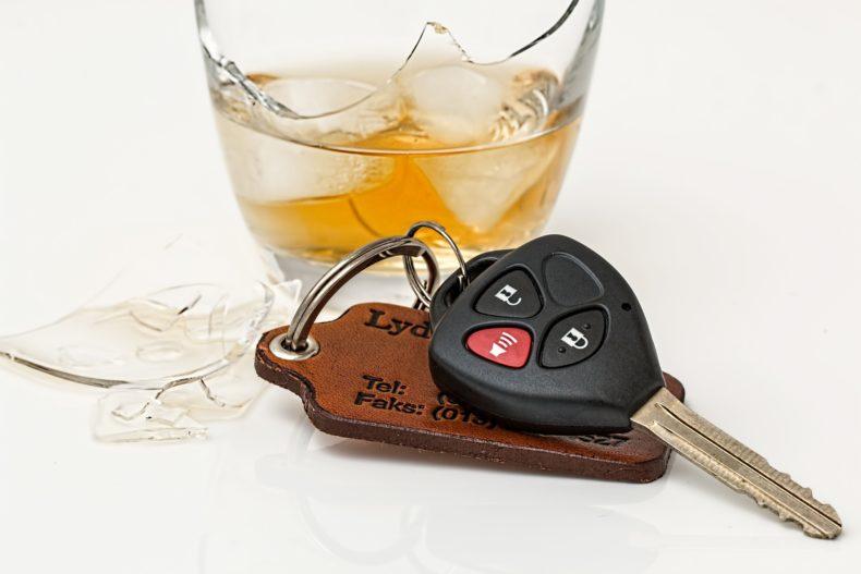 E' punibile l'autista ubriaco nel veicolo fermo?