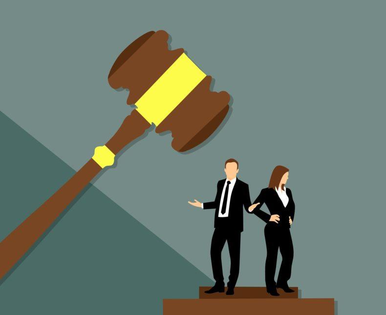 Se la sentenza riporta due date di deposito spetta al giudice verificare quella dell'effettiva pubblicazione